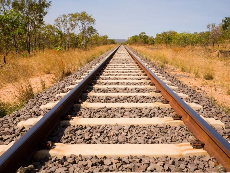 9 Tips to Survive Long-haul and Overnight Australian Train Trips